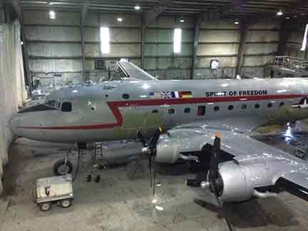 hangar-photo