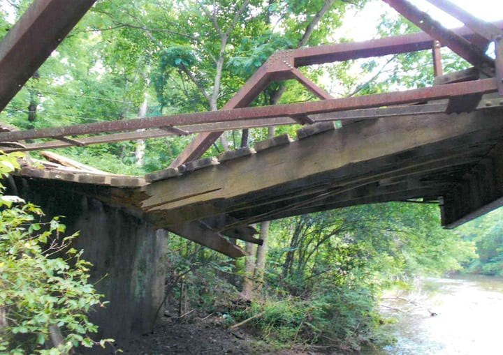 Truck-Destroys-Bridge-4